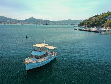 Grand Banks 36 Renta de Yates en Acapulco