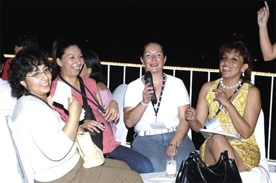 Karaoke - Entretenimiento y Fiesta Temática